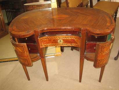 Buyers - Antique Desks